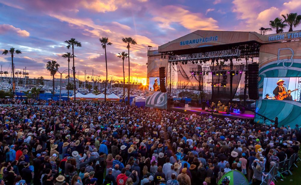 6be3df0cdf468 Best Coast, Willie Nelson among best sets at inaugural BeachLife Festival