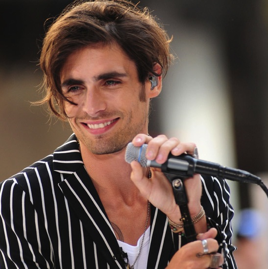 all american rejects 39 tyson ritter joins nbc 39 s 39 parenthood 39. Black Bedroom Furniture Sets. Home Design Ideas